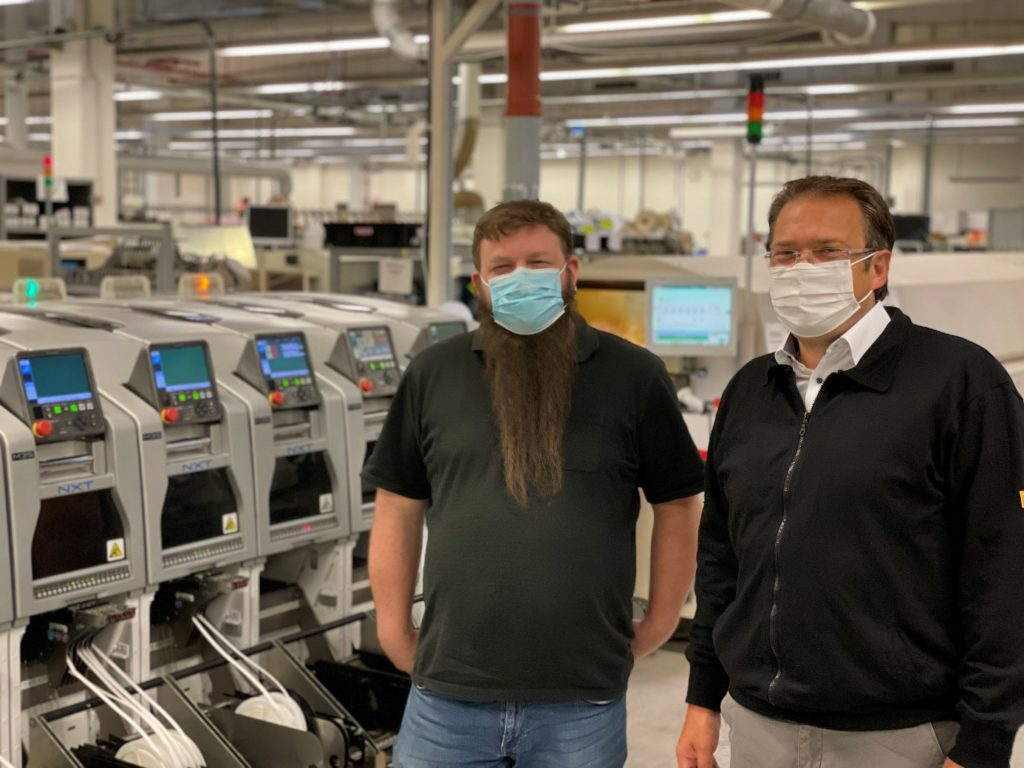 Bild: Produktionsleiter Timo Utsch und Geschäftsführer Andreas Blaut freuen sich auf die zukünftige Kapazitätserweiterung